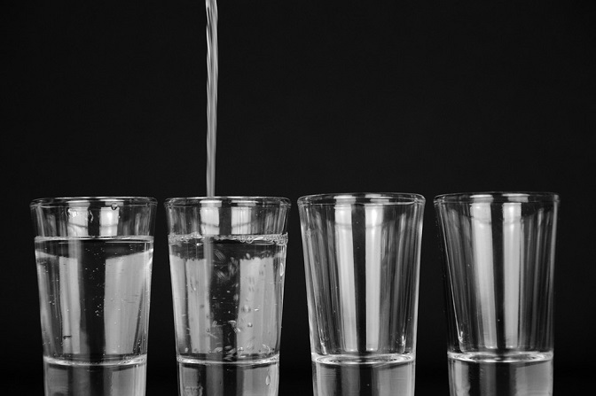 What Will Happen When I Drink Only Water for 30 Days?