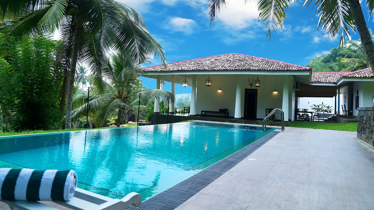 What to Consider Before Building a Swimming Pool